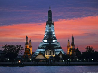 wat_arun_temple_of_the_dawn_bangkok_thailand
